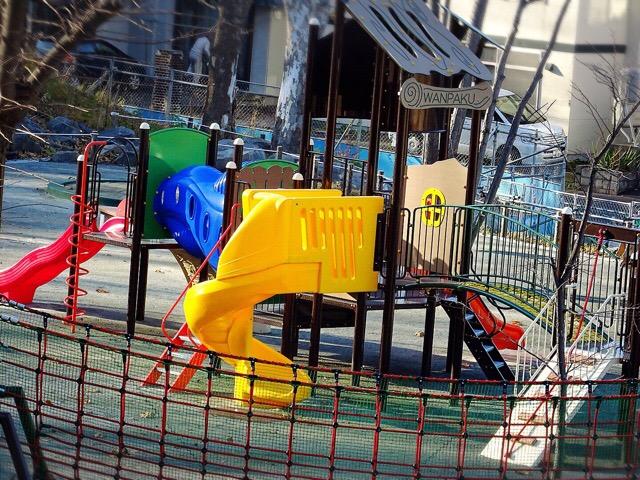 幼児から遊べるコンビネーション遊具