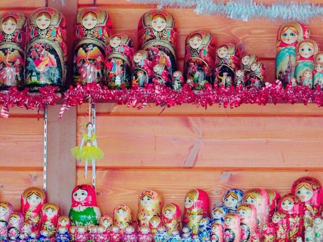 ロシアの手工芸品、マトリョーシカ!可愛いのも混ざってる