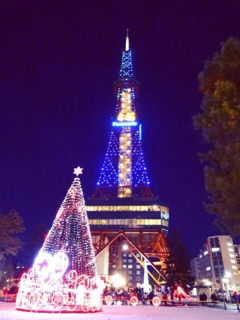 テレビ塔前のクリスマスツリー