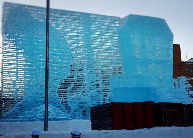大きな氷の像!!