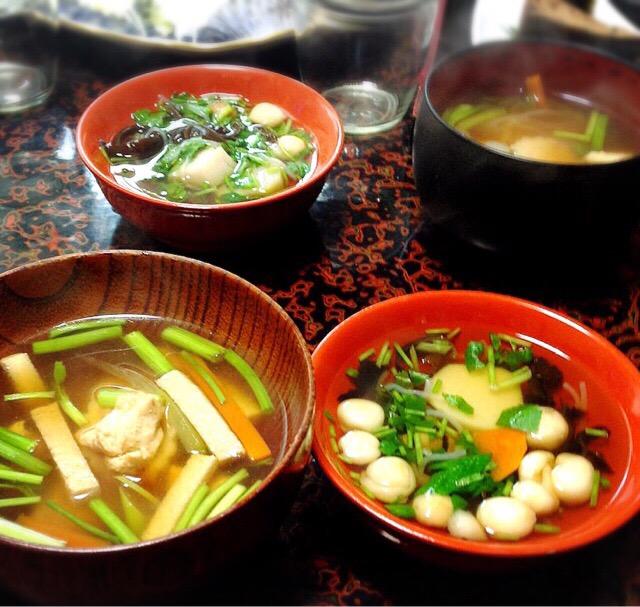 福島県のしょう家バージョンのお雑煮(左)と郷土料理の「こづゆ」