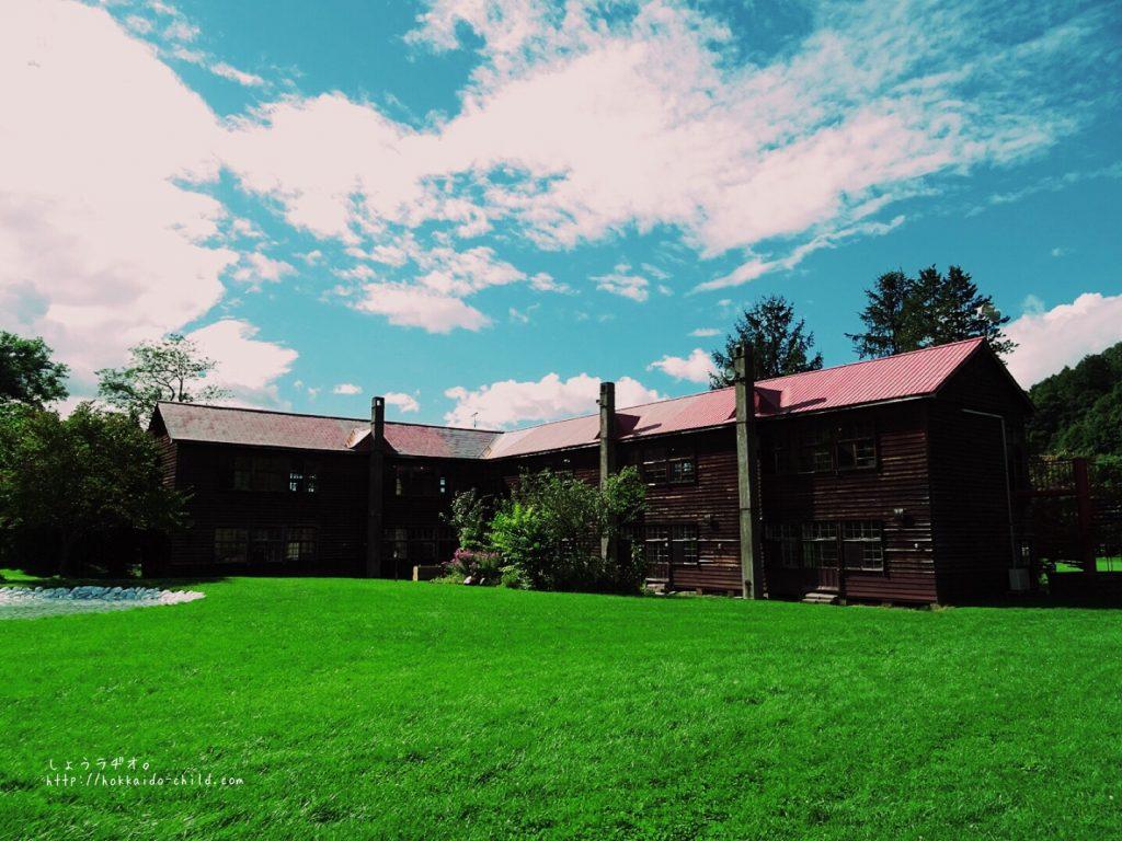 木造の校舎が懐かしい!