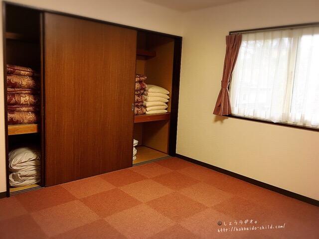 部屋はリビングのほかに二つあります