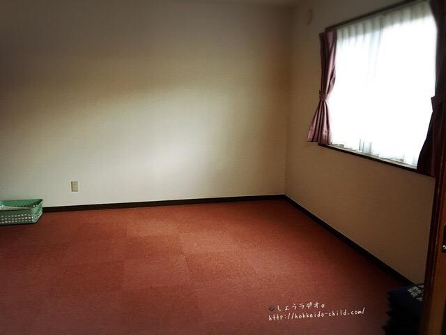 リビングの隣の部屋