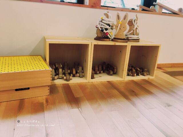木製遊具がとにかくたくさん