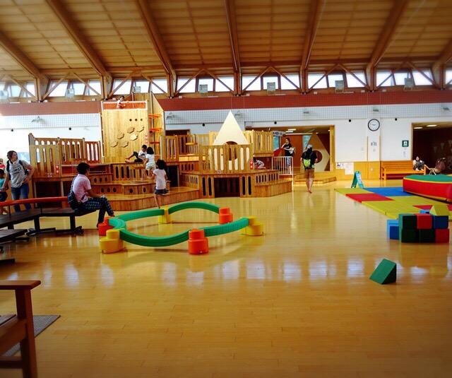 オホーツク流氷公園の広々とした遊び場