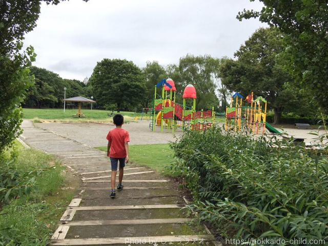 小山市総合運動公園の遊び場