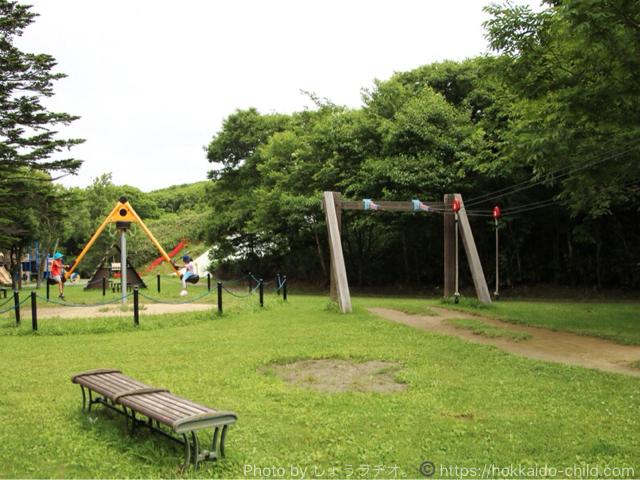 北海道立宗谷ふれあい公園 遊具広場 ターザンロープ