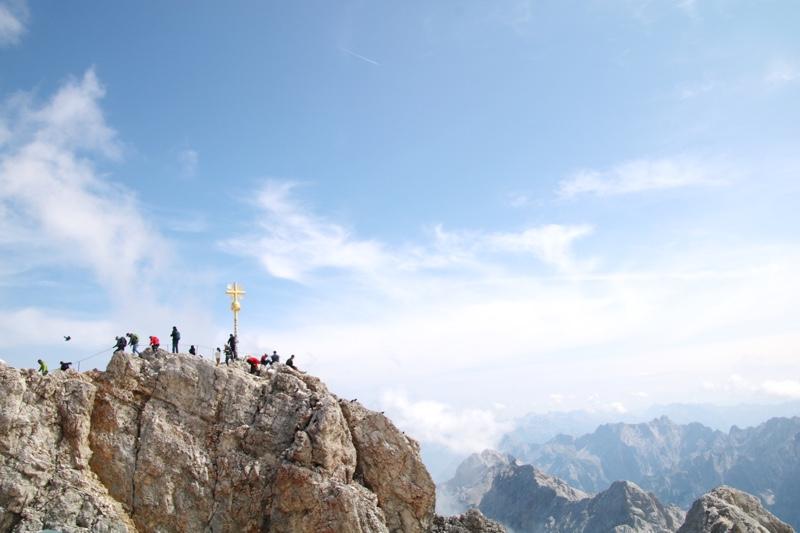 ドイツ最高峰のツークシュピッツェ山にも登頂