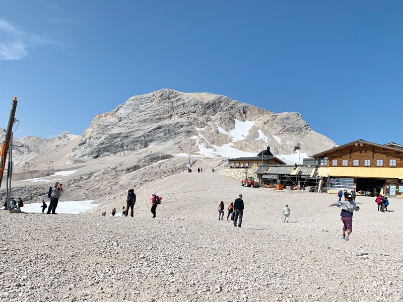 登山鉄道で標高2,650メートルまで